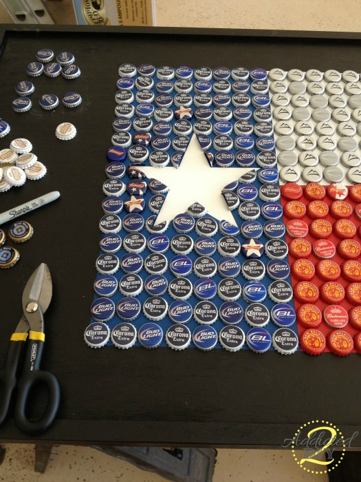 Diy bottle cap table addicted 2 diy for How to make a table out of bottle caps