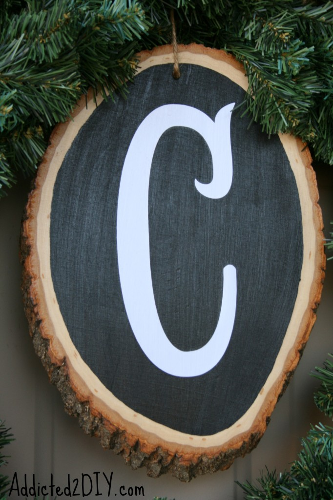 DIY Monogram Wreath 9