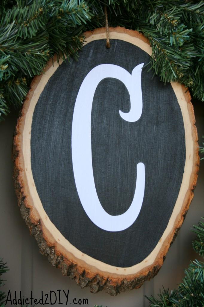 DIY Monogram Wreath 9