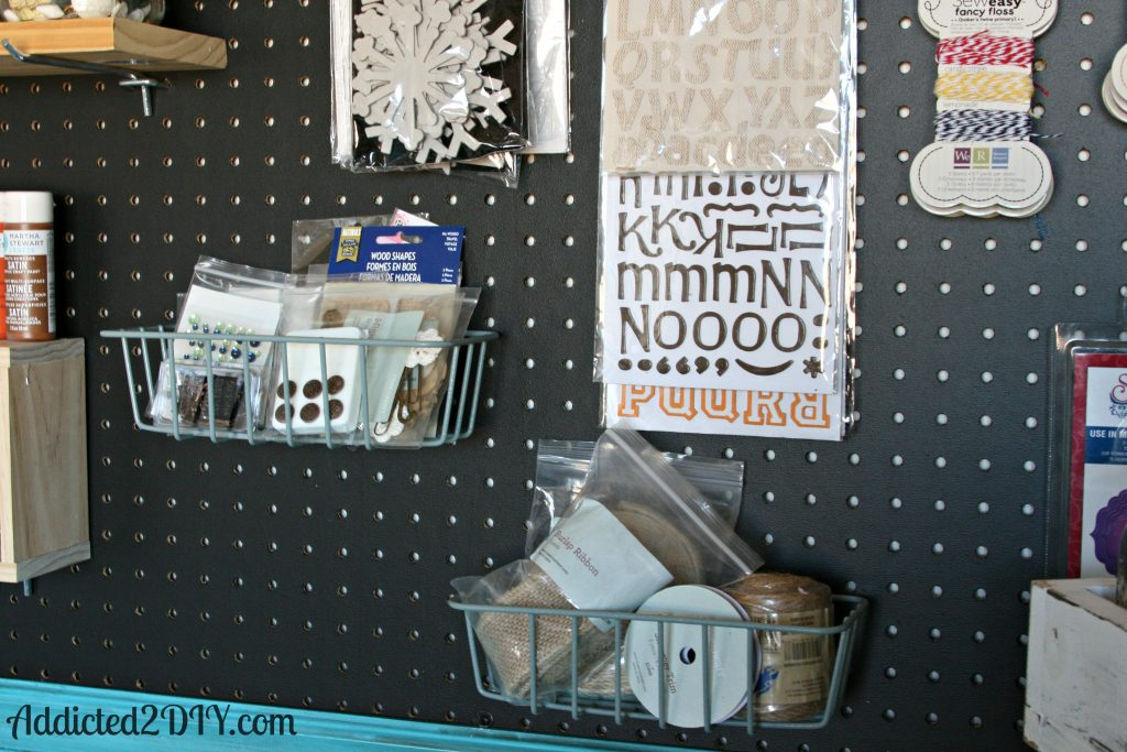 how to make a craft room peg board