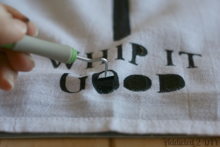 Diy Painted Kitchen Towels With Free Svg Files