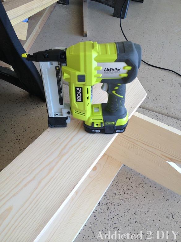 Simple DIY Rustic Bench
