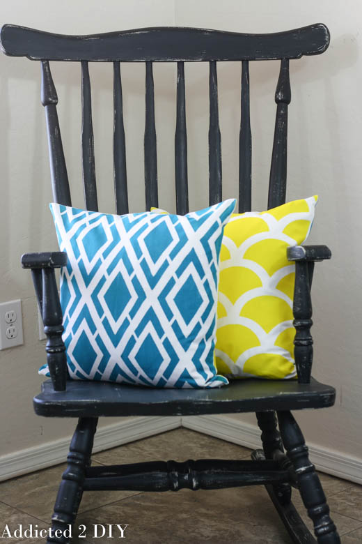 How To Create Beautifully Stenciled Pillows - And A Giveaway!!!