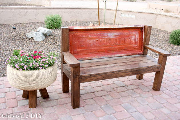 how-to-build-a-tailgate-bench