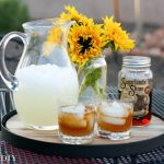 sweet-tea-moonshine-lemonade