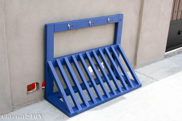 Simple diy kid 39 s bicycle rack with helmet storage for Floor plan holder