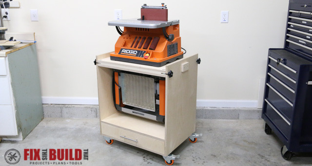 DIY-Flip-Top-Tool-Stand-f-1-640x341