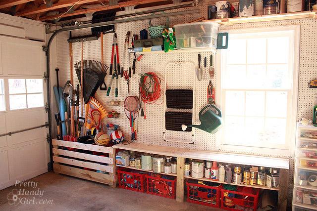 garden_tool_wall