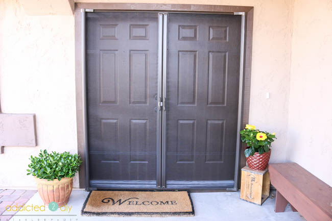 Retractable Screen Door Closed