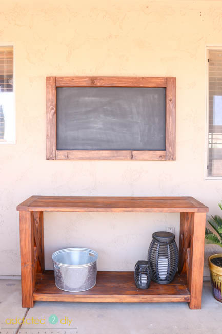 hanging an outdoor chalkboard
