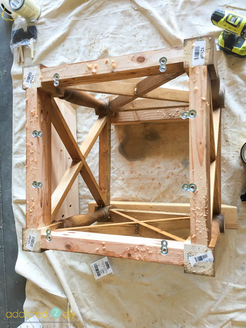 diy side table - attaching the top
