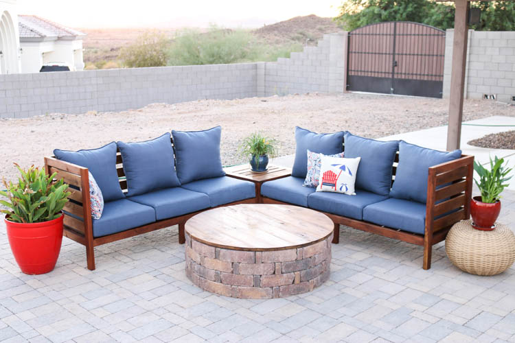 DIY Outdoor Sectional Sofa U2013 Part 1 {How To Build The Sofa}