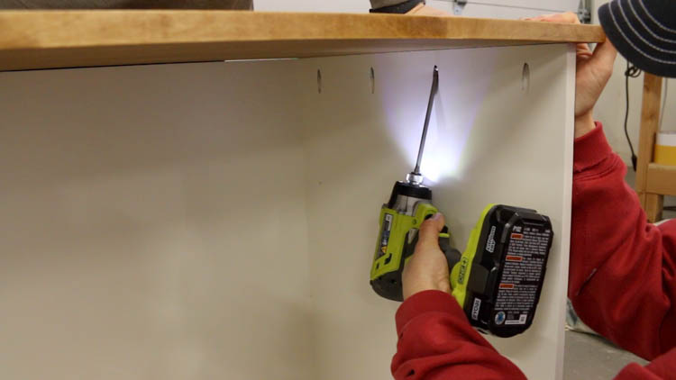 attaching cabinet top-2