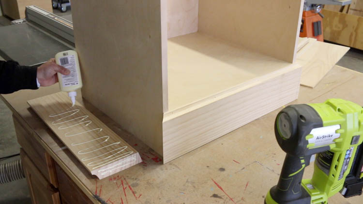 gluing moulding for cabinet-2