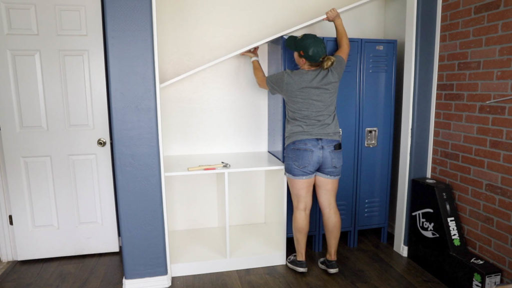 installing the Cabinet and shelf