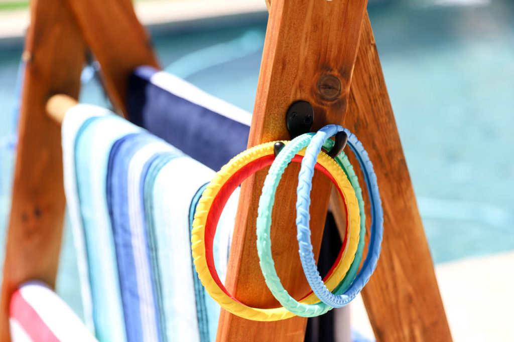 diy pool towel rack