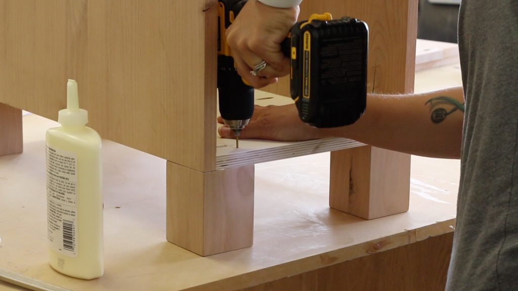 attaching the cabinet legs