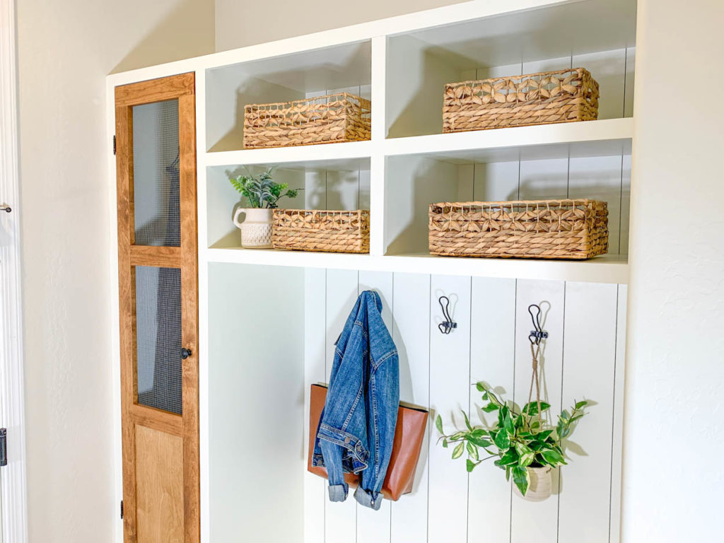 upper view of mudroom